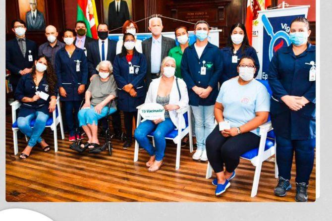 Santa Casa sedia início da campanha de vacinação e imunização contra a COVID-19 em Rio Grande